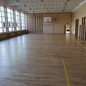 ułożona drewniana podłoga 16
