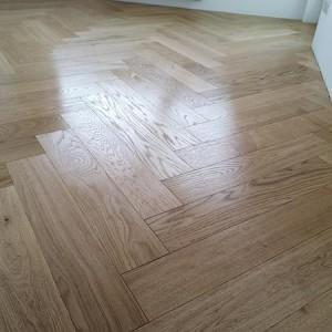 ułożona drewniana podłoga 2