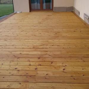 ułożona drewniana podłoga 19
