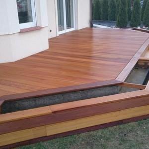 ułożona drewniana podłoga 20