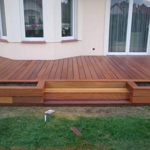 ułożona drewniana podłoga 21