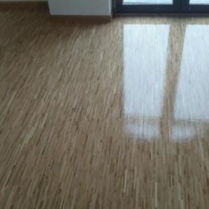 ułożona drewniana podłoga 23