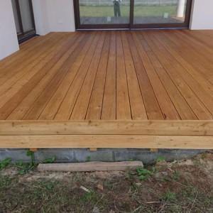 ułożona drewniana podłoga 29
