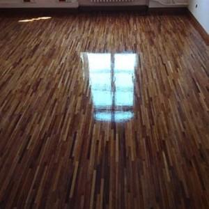 ułożona drewniana podłoga 31